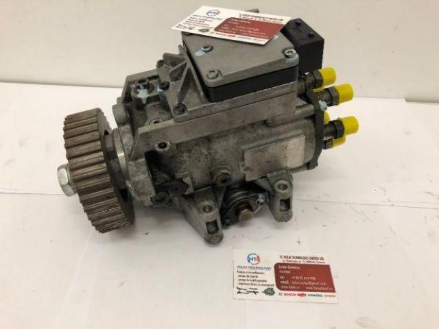 Pompa injectie Audi A4 / A6 / Passat 2.5 TDI cod 010 / 106C